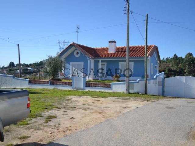 Moradia T5 Venda 200.000€ em Abrantes, Abrantes (São Vicente e São João) e Alferrarede, Paúl (São Vicente)