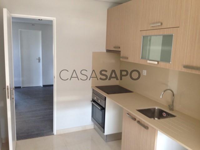 Apartamento T3 Venda / Arrendamento 59.000€ em Setúbal, S.Julião, N.S. da Anunciada e S.Maria da Graça, Vanicelos (São Julião)