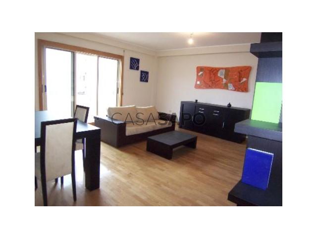 Apartamento T3 Venda 89.000€ em Porto, Paranhos, Hospital de São João