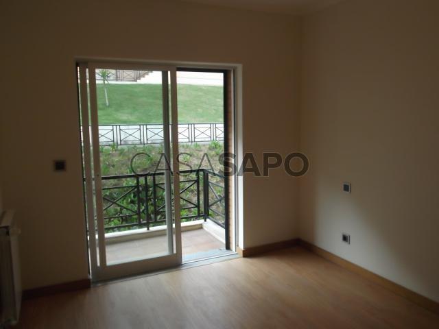 Apartamento T2 Venda 120.000€ em Gondomar, Gondomar (São Cosme), Valbom e Jovim, Quinta das Luzes (Jovim)