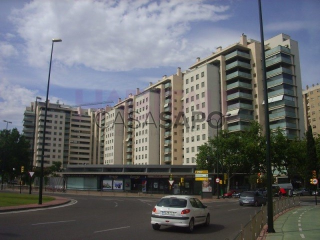 Piso 2 habitaciones + 1 hab. auxiliar Romareda, Zaragoza, Zaragoza