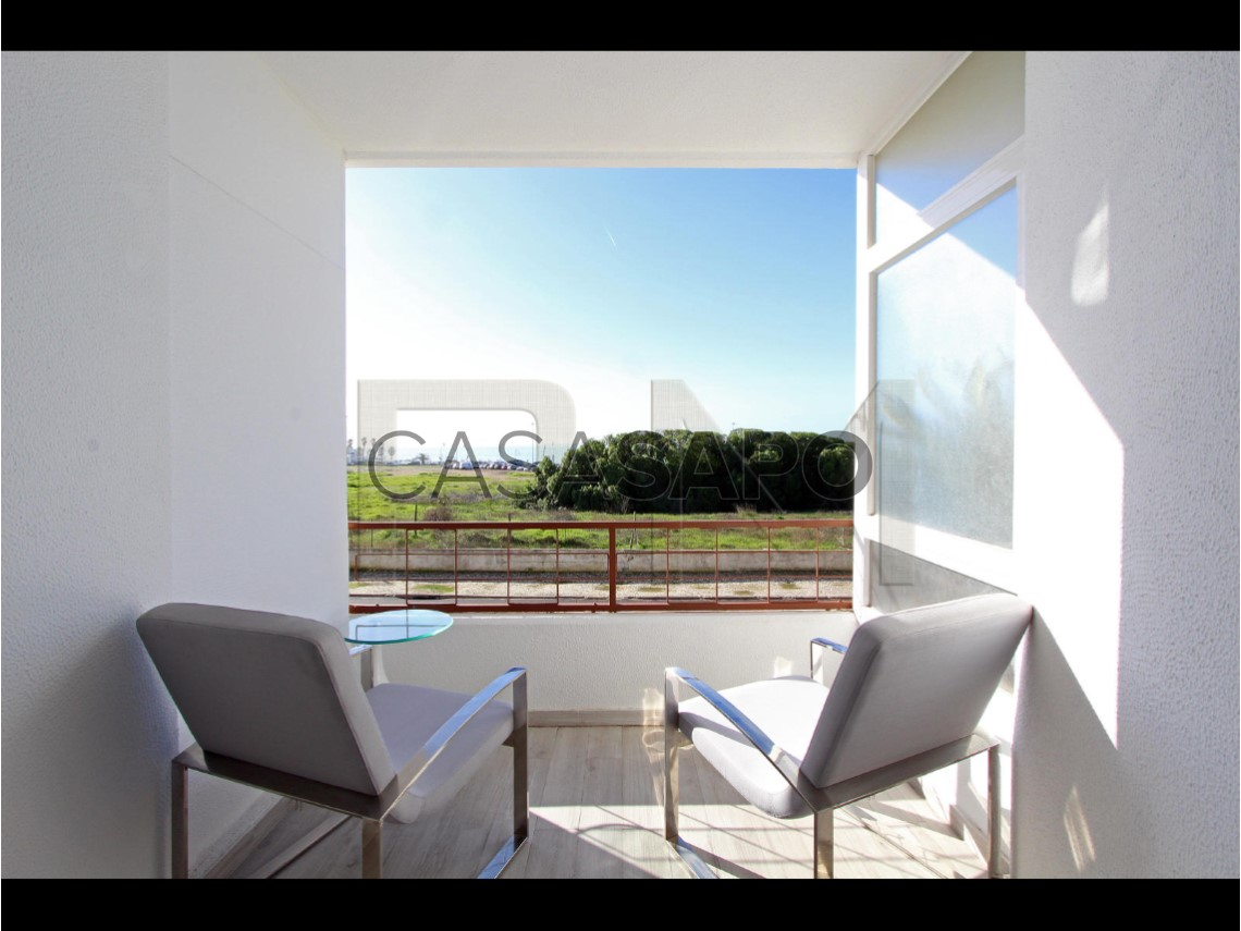 Apartment 1 Bedroom For sale 274,750€ in Cascais, Carcavelos e
