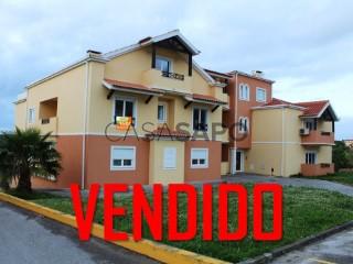 Ver Apartamento T2 com garagem, Maxial e Monte Redondo em Torres Vedras
