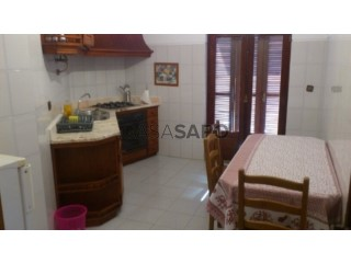 See House 4 Bedrooms, Arcozelo in Barcelos
