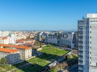 Ver Apartamento T10, Campolide em Lisboa