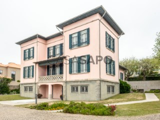 Voir Maison Avec garage, Foz (Nevogilde), Aldoar, Foz do Douro e Nevogilde, Porto, Aldoar, Foz do Douro e Nevogilde à Porto