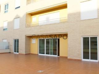 Ver Duplex T3 Duplex Com garagem, Alto de Algés (Algés), Algés, Linda-a-Velha e Cruz Quebrada-Dafundo, Oeiras, Lisboa, Algés, Linda-a-Velha e Cruz Quebrada-Dafundo em Oeiras