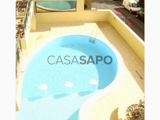 Ver Apartamento T4 com garagem, Carnaxide e Queijas em Oeiras
