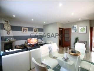 Voir Appartement 4 Pièces, Areosa à Viana do Castelo