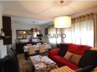 Voir Appartement 3 Pièces Duplex avec garage, Esposende, Marinhas e Gandra à Esposende