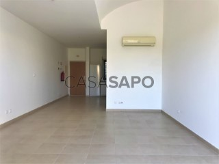 Voir Appartement Studio Avec piscine, Palmela Village, Quinta do Anjo, Setúbal, Quinta do Anjo à Palmela