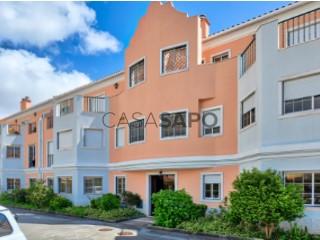 Voir Appartement 4 Pièces, Alapraia (Estoril), Cascais e Estoril, Lisboa, Cascais e Estoril à Cascais