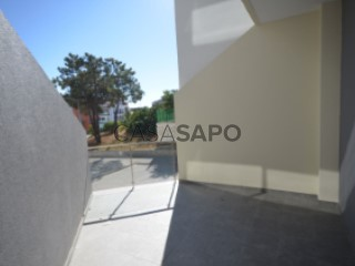 Ver Apartamento T3 Duplex Com garagem, Quinta da Fabrica, Corroios, Seixal, Setúbal, Corroios em Seixal