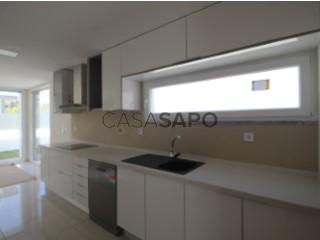 Ver Apartamento T4 Com garagem, Sesimbra (Castelo), Setúbal, Sesimbra (Castelo) em Sesimbra
