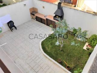 Voir Maison 6 Pièces Duplex Avec garage, Esgueira, Aveiro, Esgueira à Aveiro