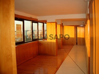 Ver Escritório Com garagem, Camara Municipal (Maia), Cidade da Maia, Porto, Cidade da Maia em Maia