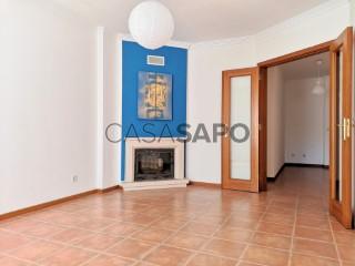 Ver Apartamento T1, Azeitão (São Lourenço e São Simão) em Setúbal