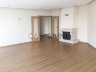 Ver Apartamento T2 com garagem, Quarteira em Loulé