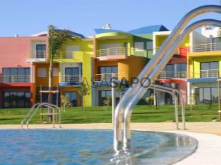 Ver Apartamento T1 com garagem, Albufeira e Olhos de Água em Albufeira