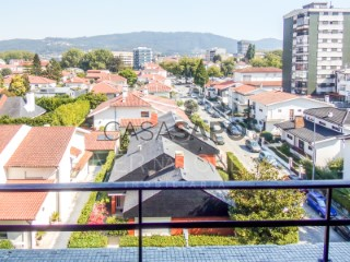 Ver Apartamento 2 habitaciones, St.Tirso, Couto (S.Cristina e S.Miguel) e Burgães en Santo Tirso