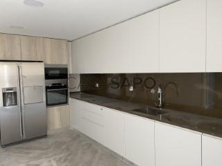 Ver Apartamento T4 Com garagem, Montijo e Afonsoeiro, Setúbal, Montijo e Afonsoeiro no Montijo