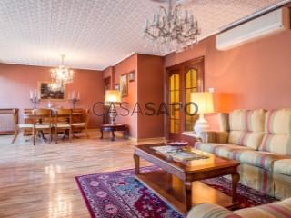 Ver Piso 4 habitaciones con garaje en Granada
