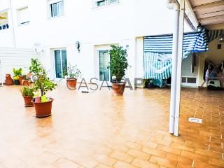 Ver Apartamento 4 habitaciones, Olhão, Faro en Olhão