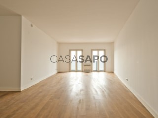 See Apartment 2 Bedrooms with garage, Oeiras e São Julião da Barra, Paço de Arcos e Caxias in Oeiras