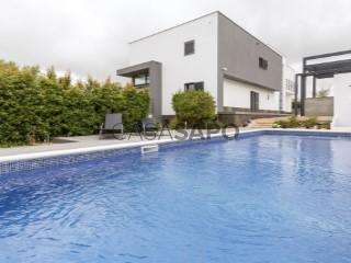 Voir Maison 5 Pièces Duplex Avec garage, Queluz e Belas, Sintra, Lisboa, Queluz e Belas à Sintra