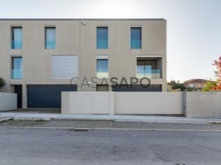 See House 5 Bedrooms +1, Foz (Foz do Douro), Aldoar, Foz do Douro e Nevogilde, Porto, Aldoar, Foz do Douro e Nevogilde in Porto