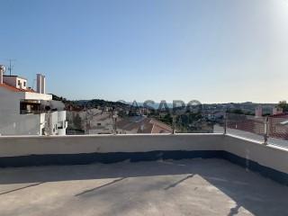 Ver Apartamento 3 habitaciones con garaje, Carnaxide e Queijas en Oeiras