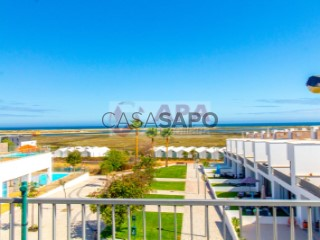 See Apartment 2 Bedrooms with swimming pool, Moncarapacho e Fuseta in Olhão