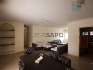 Ver Apartamento T2 com garagem, Ingombota-Ingombota em Luanda