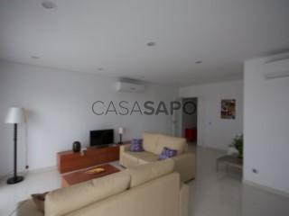 Ver Apartamento T2 vista mar, Ingombota-Ilha do Cabo em Luanda