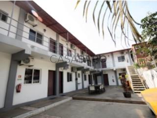 Ver Casa de hóspedes T12 com garagem, Ingombota-Ingombota em Luanda