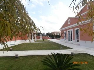 Ver Casa 5 habitaciones, Triplex con garaje, Turcifal en Torres Vedras