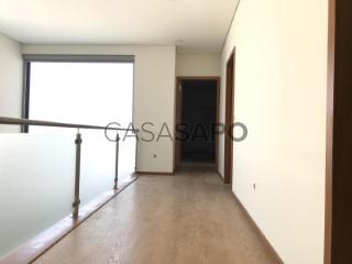 Ver Casa 3 habitaciones, Duplex, São João da Madeira, Aveiro en São João da Madeira