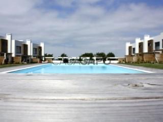 Ver Moradia T4 Duplex Com piscina, Santa Cruz (A dos Cunhados), A dos Cunhados e Maceira, Torres Vedras, Lisboa, A dos Cunhados e Maceira em Torres Vedras