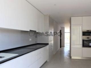 Ver Apartamento T2 Com garagem, Av. Sá Carneiro, Quarteira, Loulé, Faro, Quarteira em Loulé
