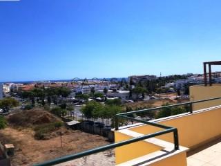 Voir Appartement 4 Pièces, Correeira (Albufeira), Albufeira e Olhos de Água, Faro, Albufeira e Olhos de Água à Albufeira
