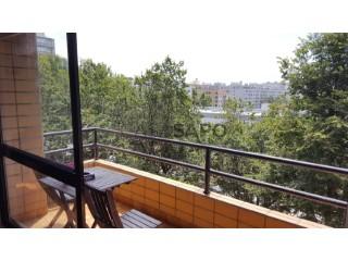 Ver Apartamento T2 com garagem, Matosinhos e Leça da Palmeira em Matosinhos