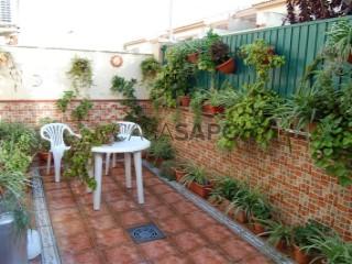 Ver Vivienda adosada 4 habitaciones con garaje en Cáceres
