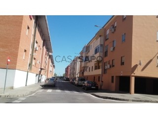 See Flat 4 Bedrooms with garage in Cáceres