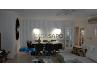 Ver Apartamento T4 com garagem, Avenidas Novas em Lisboa