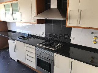Voir Appartement 4 Pièces Avec garage, Quinta da Fidalga (Agualva), Agualva e Mira-Sintra, Lisboa, Agualva e Mira-Sintra à Sintra