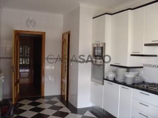 Ver Apartamento T5 Duplex com garagem, Quinta do Anjo em Palmela