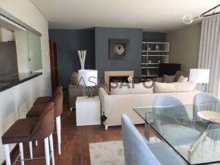 Voir Appartement 3 Pièces avec garage, S.Maria e S.Miguel, S.Martinho, S.Pedro Penaferrim à Sintra