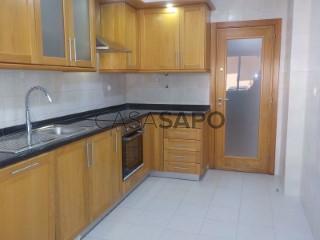 Ver Apartamento 2 habitaciones Con garaje, Serra das Brancas (Mina), Mina de Água, Amadora, Lisboa, Mina de Água en Amadora