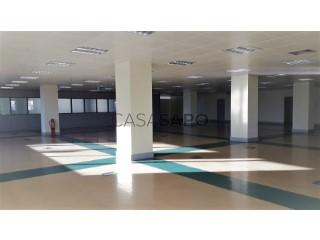 Ver Espaço Multiusos Com garagem, Queijas, Carnaxide e Queijas, Oeiras, Lisboa, Carnaxide e Queijas em Oeiras