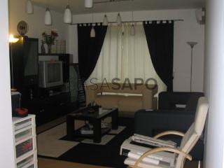 Ver Apartamento T1 Com garagem, Ribeira Grande (Matriz), São Miguel, Ribeira Grande (Matriz) na Ribeira Grande